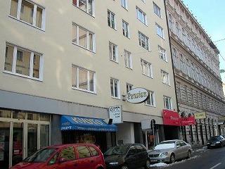 Pension_Suzanne-Vienna.jpg